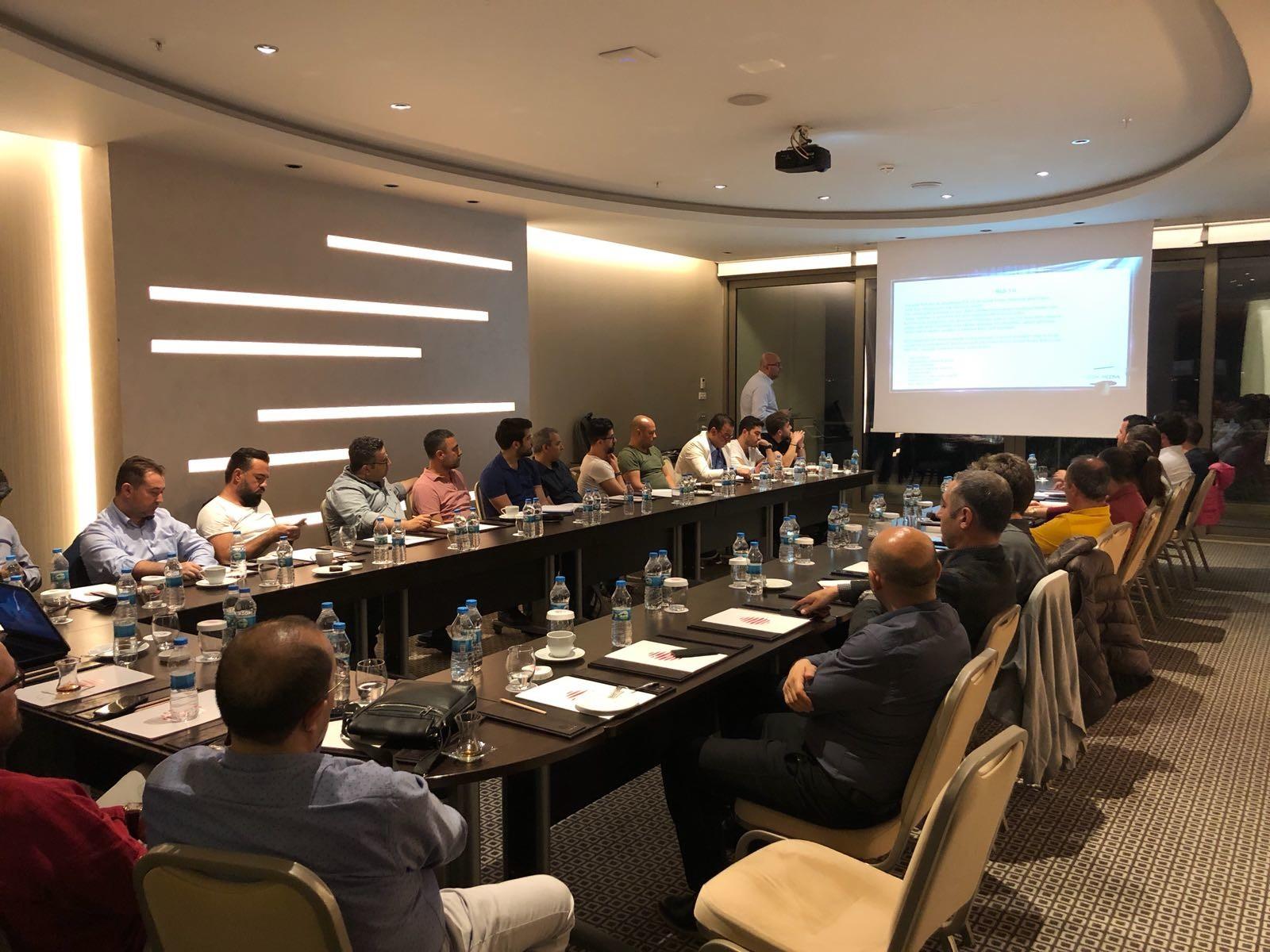 Ömer Güran'ın, Antalya Bilişim İşverenleri üyelerine yönelik bilgilendirme toplantısı yaptı